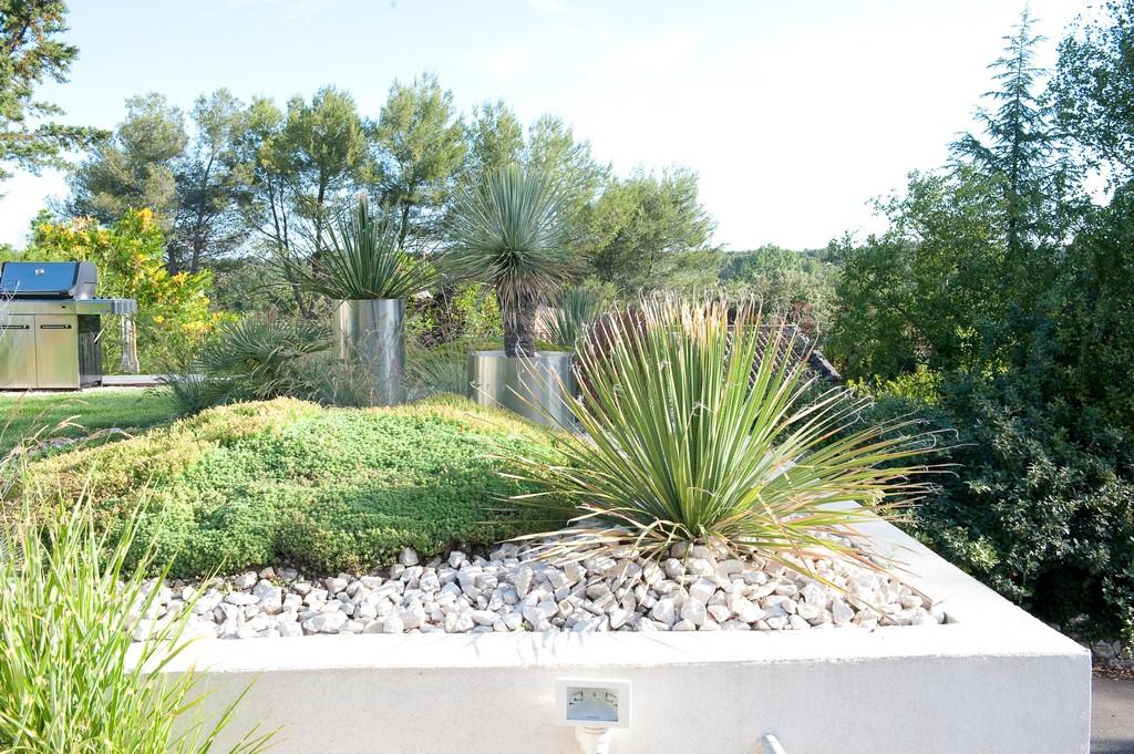 Emejing jardin contemporain design pictures lalawgroup for Conception jardin en ligne