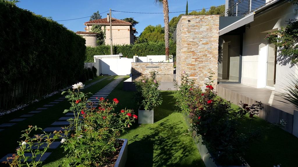 Conception et r alisation d un jardin design saint cyr sur for Realisation jardin