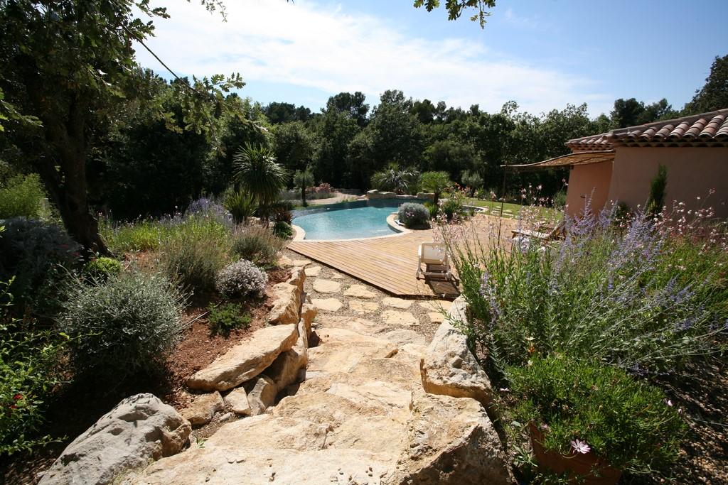 conception et r alisation d un jardin proven al aix en. Black Bedroom Furniture Sets. Home Design Ideas